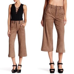 Level 99 Sally Cropped Gaucho Wide Leg Pant